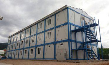 Proiect de containere pe 3 nivele